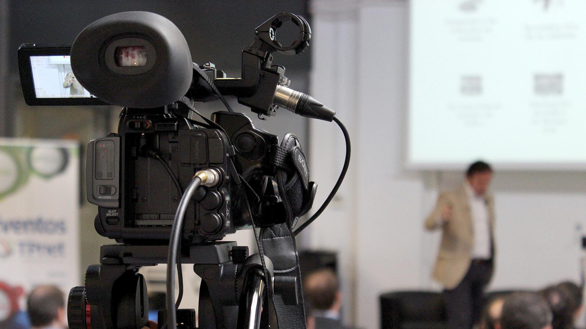 tpnet-eventos-encuentros-profesionales-iot-camara-streaming-2