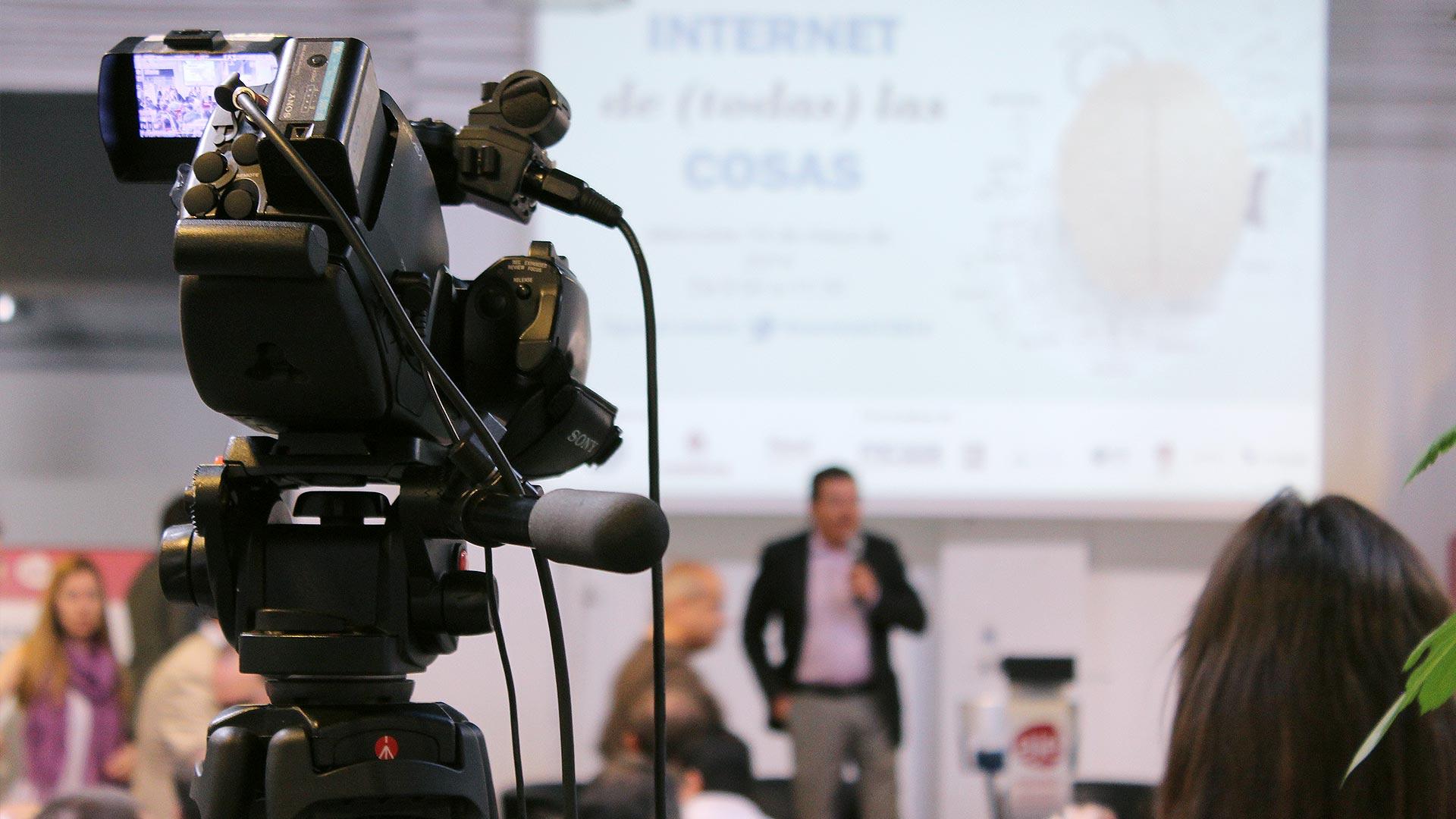 tpnet-eventos-encuentros-profesionales-iot-camara-streaming