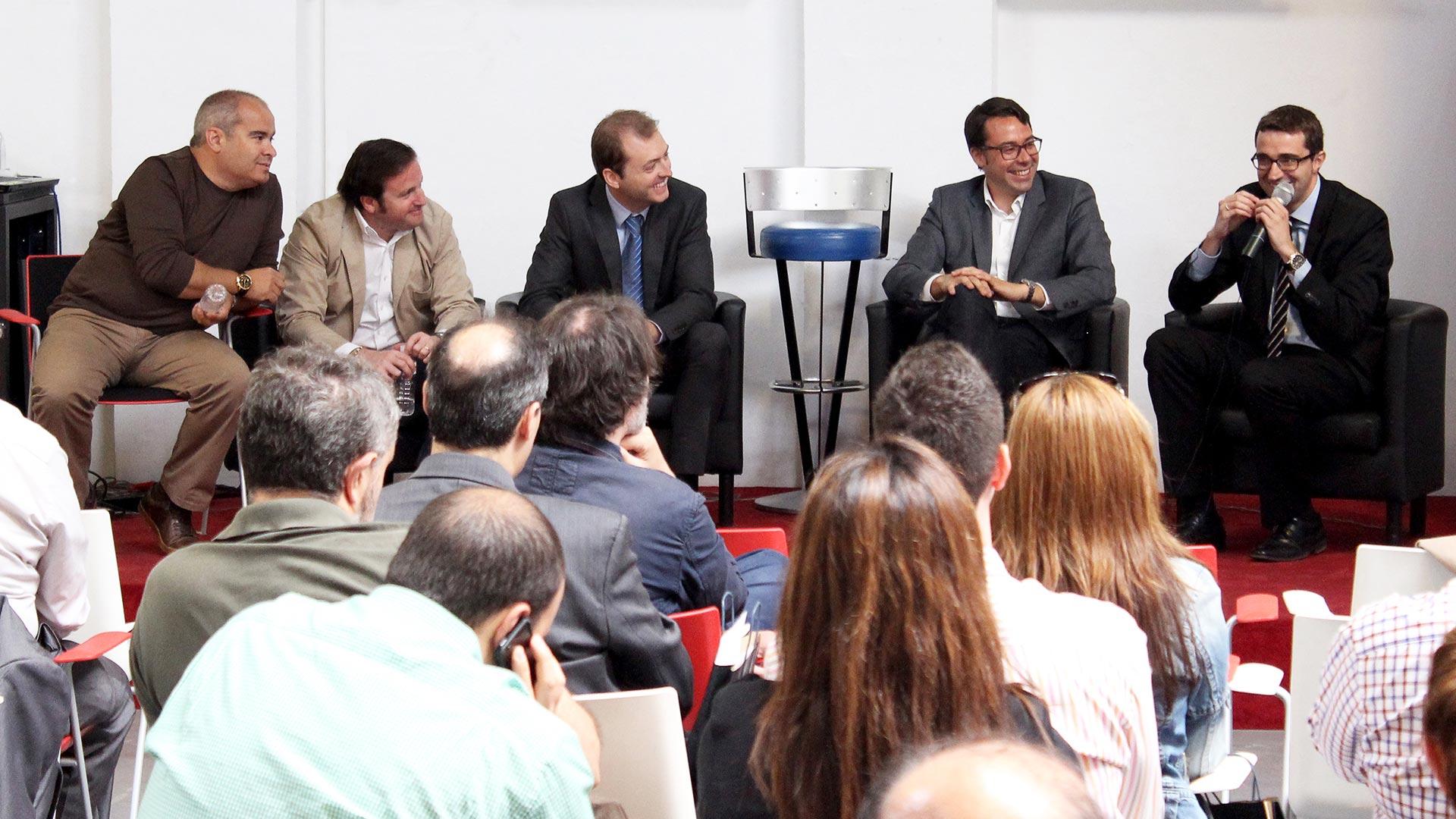 tpnet-eventos-encuentros-profesionales-iot-debate