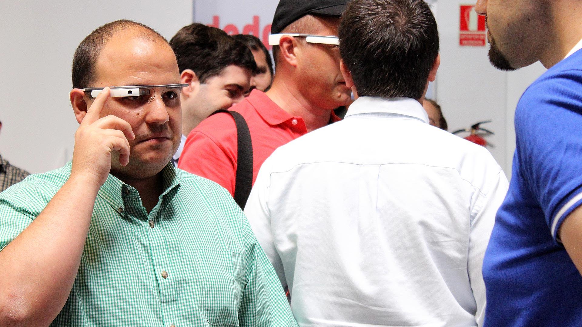 tpnet-eventos-encuentros-profesionales-iot-google-glasses-tester-3