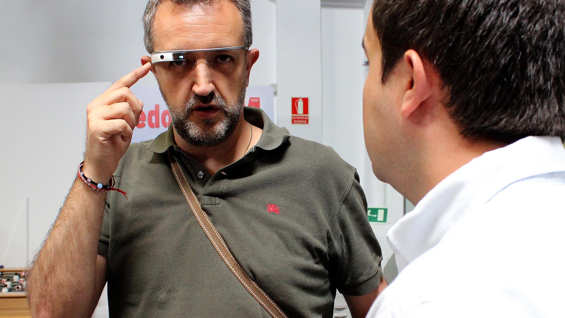tpnet-eventos-encuentros-profesionales-iot-google-glasses-tester