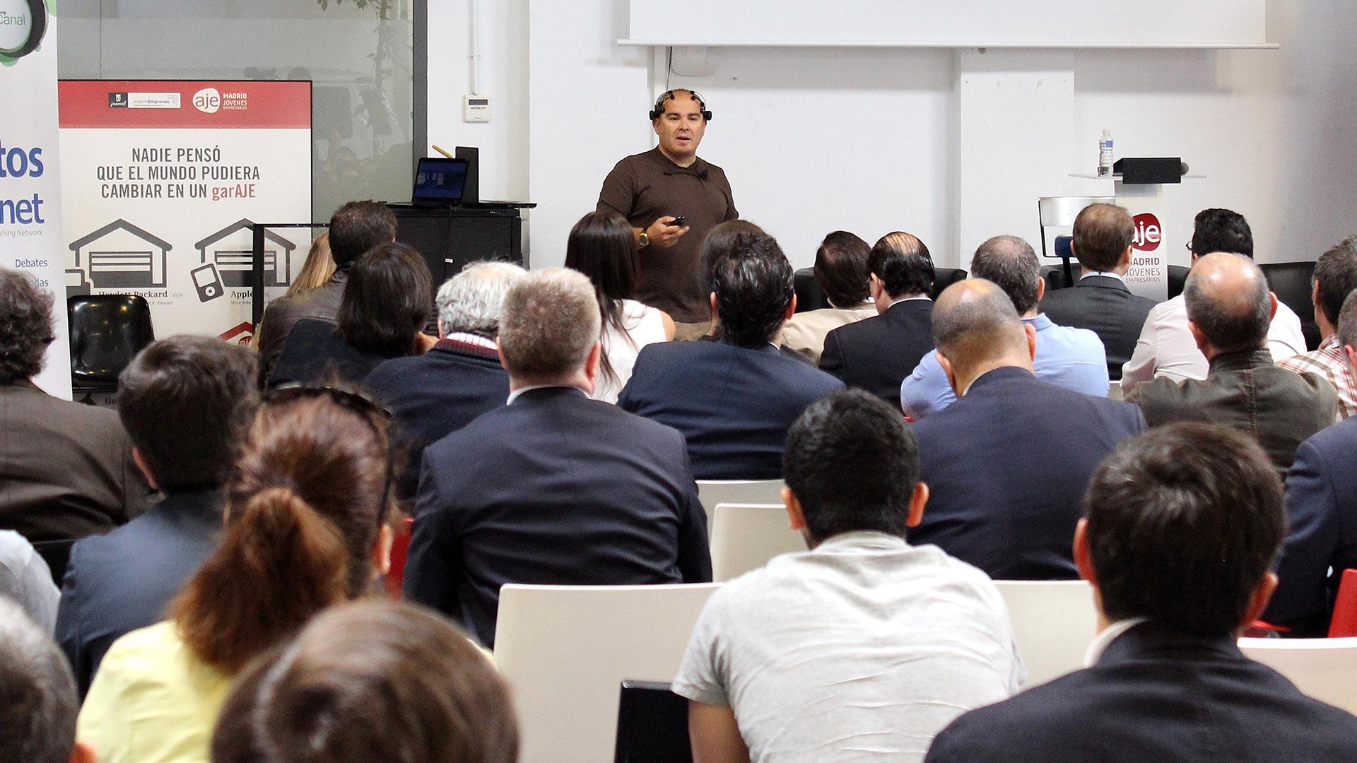 tpnet-eventos-encuentros-profesionales-iot-publico-javier-sirvent