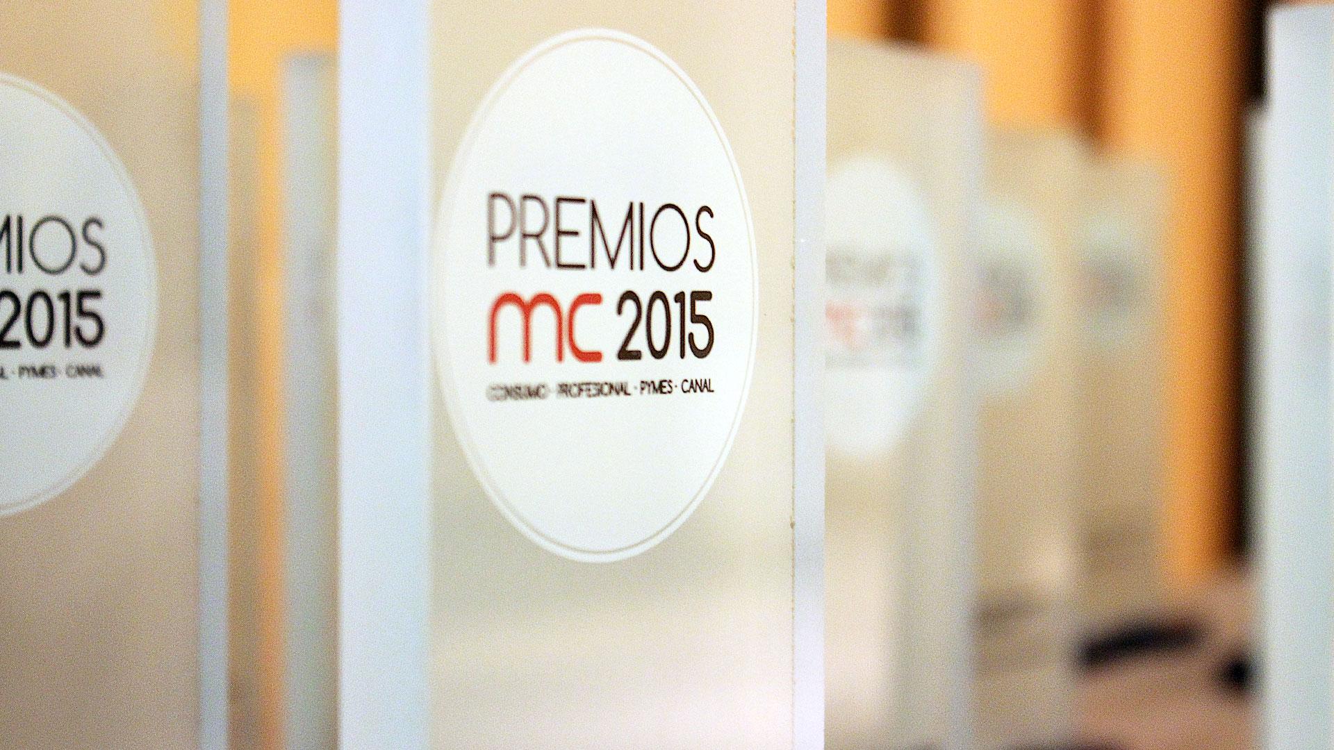 premios-mc2015-evento-comida-hotel-hesperia-trofeo-detalle-lateral