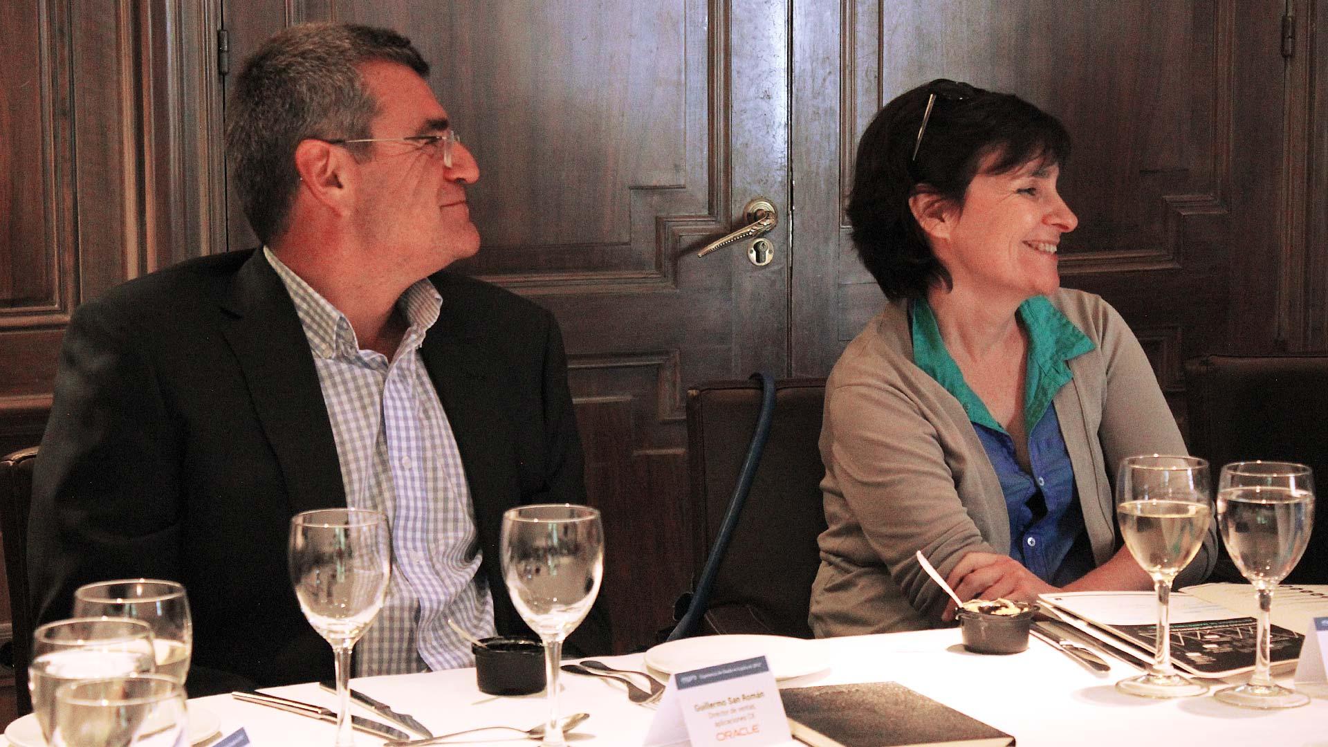 oracle_tpnet_evento_debate_mesa_redonda_informe_herramientas_experiencia_cliente_02