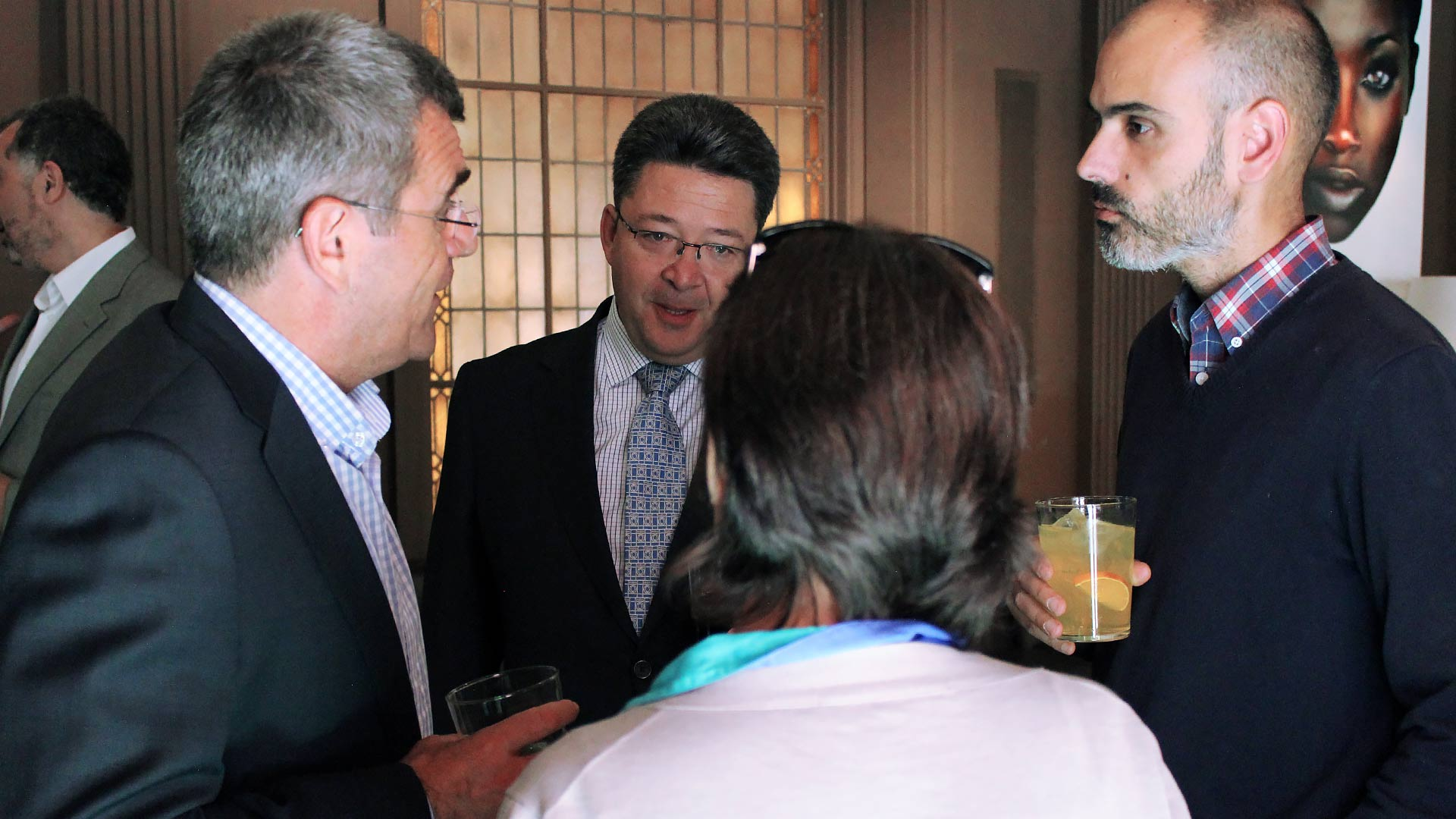oracle_tpnet_evento_debate_mesa_redonda_informe_herramientas_experiencia_cliente_17