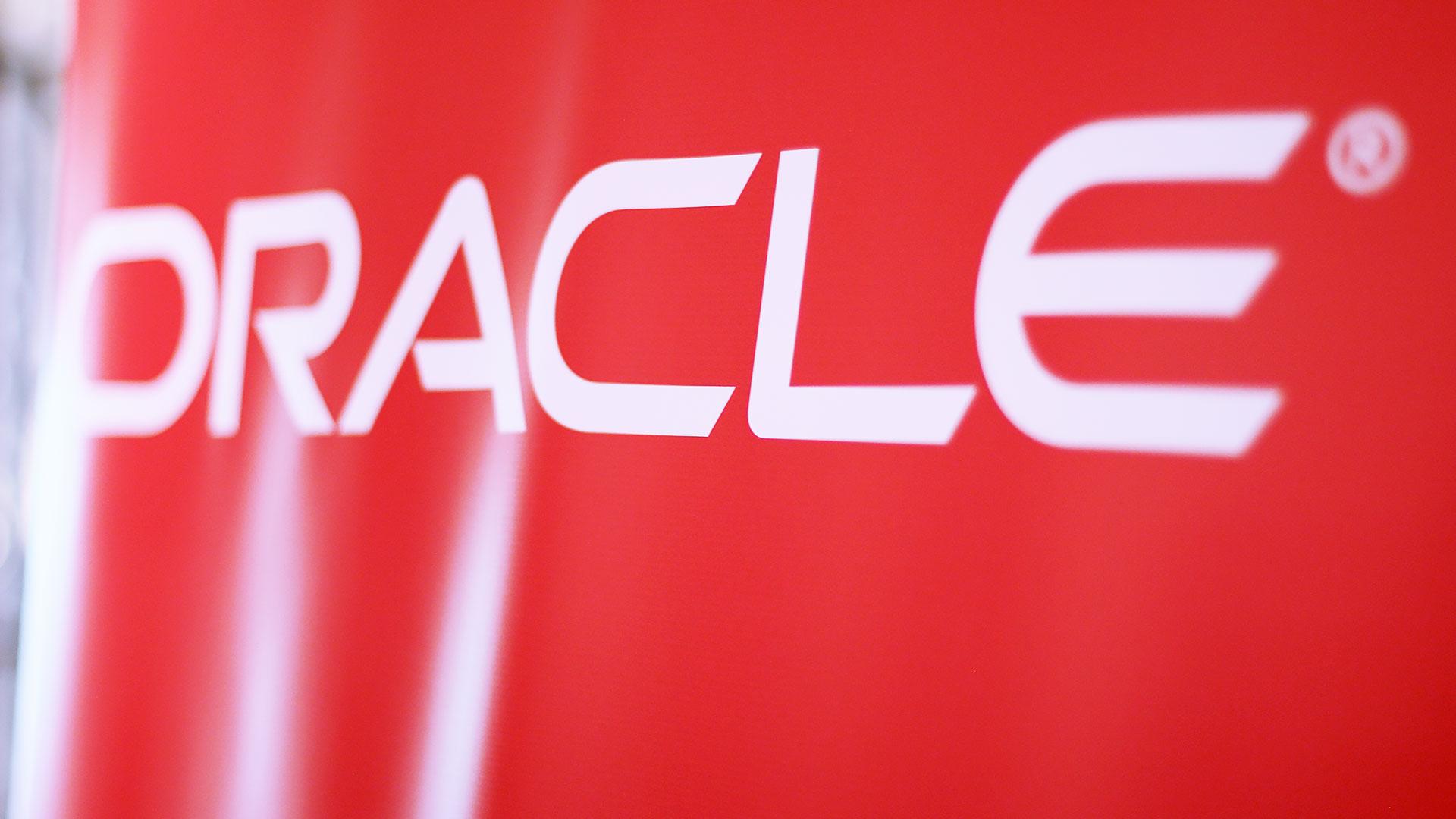 oracle_tpnet_evento_debate_mesa_redonda_informe_herramientas_experiencia_cliente_26