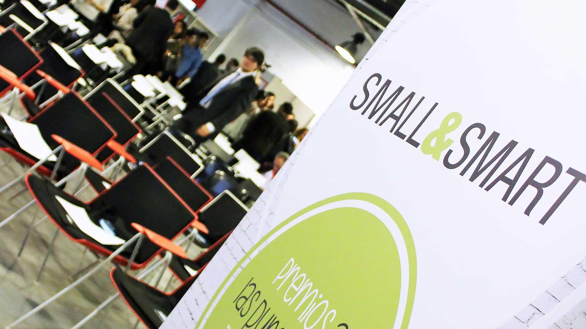 smallsmart-premios-startups-pymes-2015-cartel