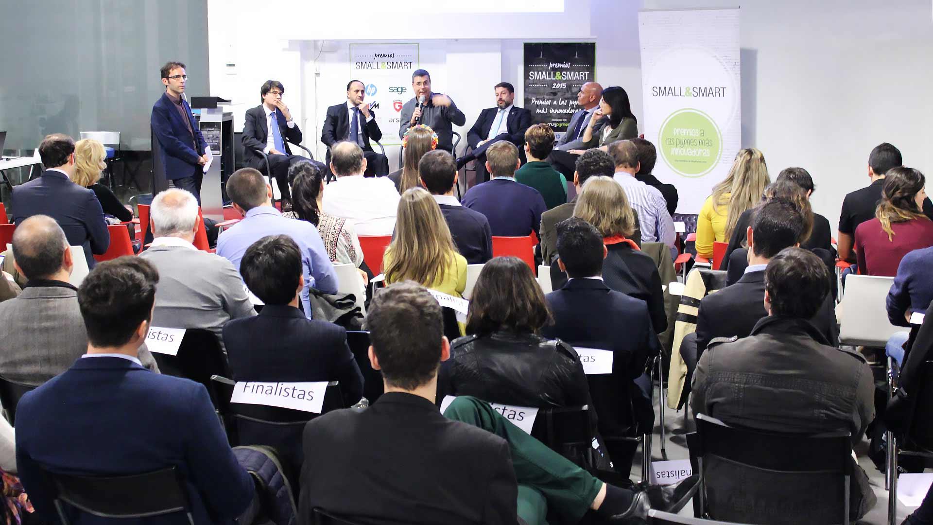 smallsmart-premios-startups-pymes-2015-debate-1